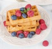 Waffles с ягодами Стоковые Изображения RF