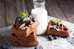 Waffles шоколада с молоком Стоковая Фотография
