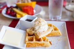 Waffles для завтрака Стоковые Фотографии RF