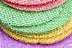 Waffles Colourfull абстрактная текстурированная предпосылка конец вверх Плоское положение Стоковая Фотография RF
