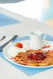 Waffles com atolamento de morango Foto de Stock Royalty Free