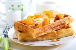 Waffles com gelado Foto de Stock Royalty Free