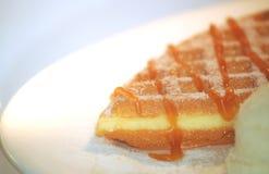 Waffles com mel Foto de Stock