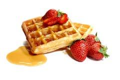 Waffles e morangos Imagens de Stock Royalty Free
