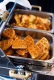 Waffles em um bufete do café da manhã Imagens de Stock
