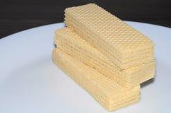 Waffles em uma placa branca Foto de Stock Royalty Free