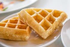 Waffles frescos imagem de stock royalty free