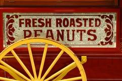 Wagen des Erdnussverkäufers Lizenzfreie Stockfotos
