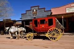 Wagen und Pferde in der Finanzanzeige, Arizona lizenzfreies stockfoto