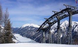 wagon kolei linowej jeziora góry Zdjęcie Stock