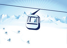 Wagon kolei linowej nad narciarskim skłonem Obrazy Stock
