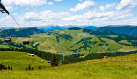 Wagon kolei linowej w Alpe Di Siusi, Włochy Fotografia Stock