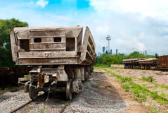 Wagons are near the plant. And awaiting upload Royalty Free Stock Photos