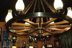 Wagonwheel-Leuchter Lizenzfreies Stockbild