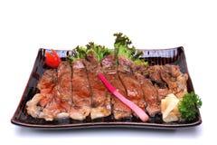 Wagyu牛肉Teriyaki,隔绝在白色背景剪报轻拍 库存照片