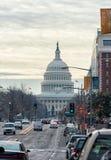 WAHINGTON, D C - 10 JANUARI, 2014: Washington Cityscape en Capitool op Achtergrond Royalty-vrije Stock Foto