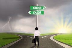 Wahl der Bestellung oder des Chaos stockbild