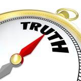 Wahrheits-Wort-Kompass-Gewissenhaftigkeit führt zu Ehrlichkeits-Aufrichtigkeit Stockfotografie