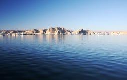 Wahweap fjärd, Lake Powell, Arizona, USA Arkivfoton