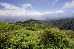 Waihee里奇足迹,在看Kahului和Haleakala,毛伊,夏威夷 库存图片