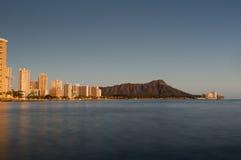 Waikiki bij zonsondergang Royalty-vrije Stock Foto's