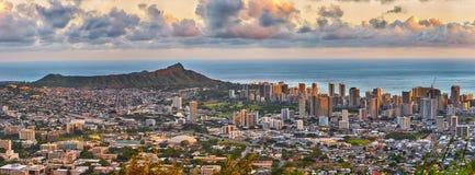 Waikiki e Diamond Head dall'allerta di Tantalus Fotografia Stock