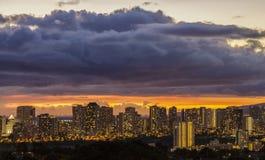 Waikiki i Honolulu światła zdjęcia stock