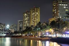 Waikiki at night (Hawaii) Royalty Free Stock Images