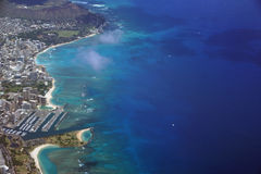 Waikiki, parque de la playa de Moana del Ala, puerto del parque de Kapiolani, propiedades horizontales, Di Fotos de archivo libres de regalías