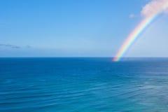 Waikiki regnbågebakgrund Arkivbilder