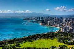 Waikiki strand och Honolulu fotografering för bildbyråer