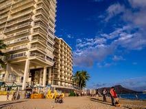 Waikikistrand bij zonsondergang Stock Foto