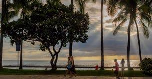 Waikikistrand en mensen Royalty-vrije Stock Foto