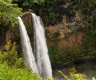 Wailua cade in isola hawaiana di Kauai Fotografia Stock