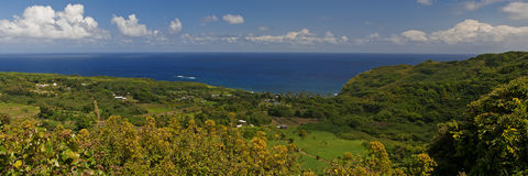 Wailua dalutkik som vänder mot havet Royaltyfri Foto