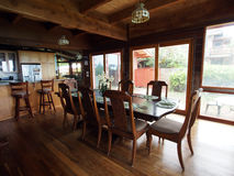 Waimanalo海滨别墅dinning的室 库存图片