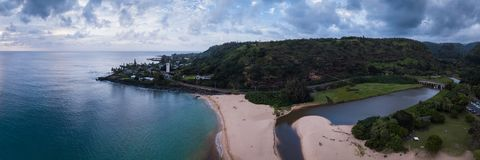 Waimea海滩公园风景全景 库存照片
