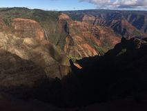 Waimea kanjon på den Kauai ön, Hawaii Royaltyfria Bilder