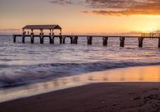 Waimea-Stadtpier bei Sonnenuntergang Lizenzfreies Stockfoto