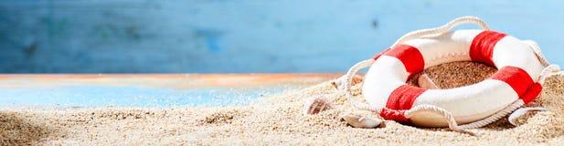 Wakacje i tropikalny plażowy sztandar Obraz Stock