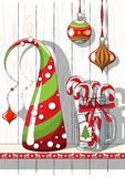 Wakacje motyw, Bożenarodzeniowe dekoracje z abstraktem konusuje drzewa i szklanego słoju z cukierek trzcinami, ilustracja Fotografia Stock