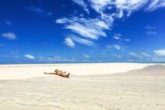 Wakacje na tropikalnym wyspa raju Obrazy Royalty Free