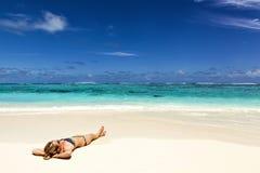 Wakacje na tropikalnym wyspa raju Zdjęcia Stock