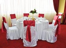 Wakacje piękny stół. Ślubny przygotowania obraz royalty free