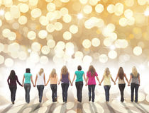 Wakacyjna żeńska przyjaźń zdjęcia royalty free