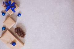 Wakacyjny Bożenarodzeniowy karmowy tło, cutlery, talerz i boże narodzenia, Fotografia Stock