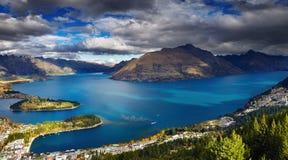 Wakatipu sjö, Nya Zeeland Royaltyfria Bilder