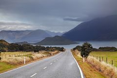 Wakatipu sj?, Nya Zeeland arkivbild