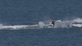 Wakeboard mężczyzna skoku Motorboat zdjęcie wideo