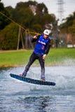 Wakeboarder de Sydney dans l'entre le ciel et la terre Photographie stock